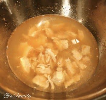 チキンブロススープ