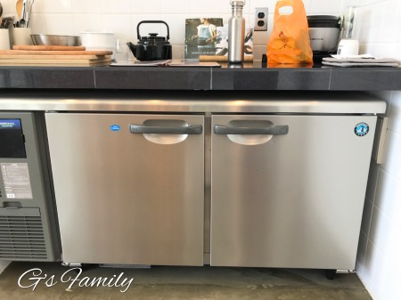 THE CHIKURA UMI BASECAMP-houseA-kitchen