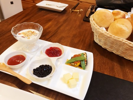 クラス・ザ・ウルフ(ロータス)の朝食
